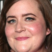 Aidy Bryant Nude