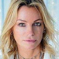 Caroline Neron Nude