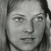 Nackt  Debra Berger Katya Berger