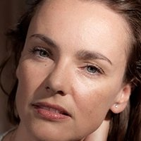 nackt Zentout Delphine IMDb: Nudity