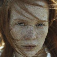 Elizabeth Kinnear Nude