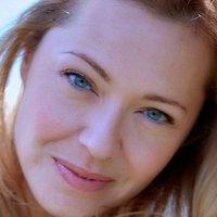 Elizabeth Lavender Nude