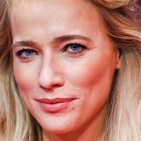 Jennifer Hoffman Nude