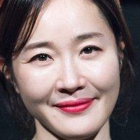 Ji-won Uhm Nude