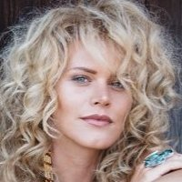 Kelly Dowdle Nude