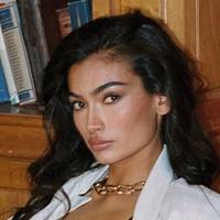 Kelly Gale Nude