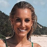Laura Henderson  nackt