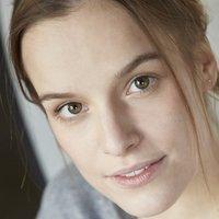 Leonie Landa Nude
