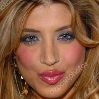 Leyla Razzari Nude