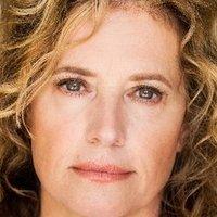 Nancy Travis Nude