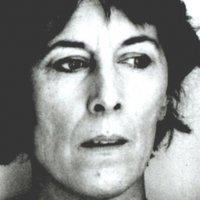 Melville  nackt Pauline Pauline Melville