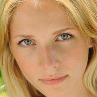 Sarah Ulrich Nude