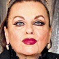 Susanne Widl Nude