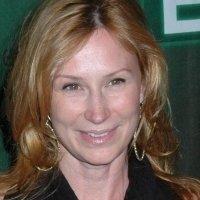 Tracy  E. Warbin Nude