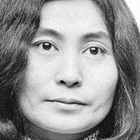 Yoko Ono Nude