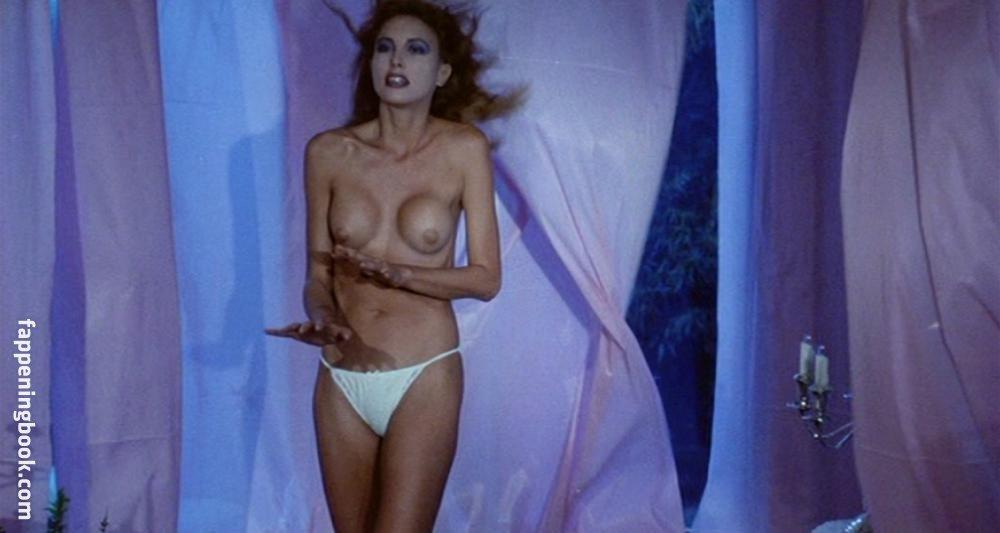 Wolcott  nackt Abigail Nude, HD,