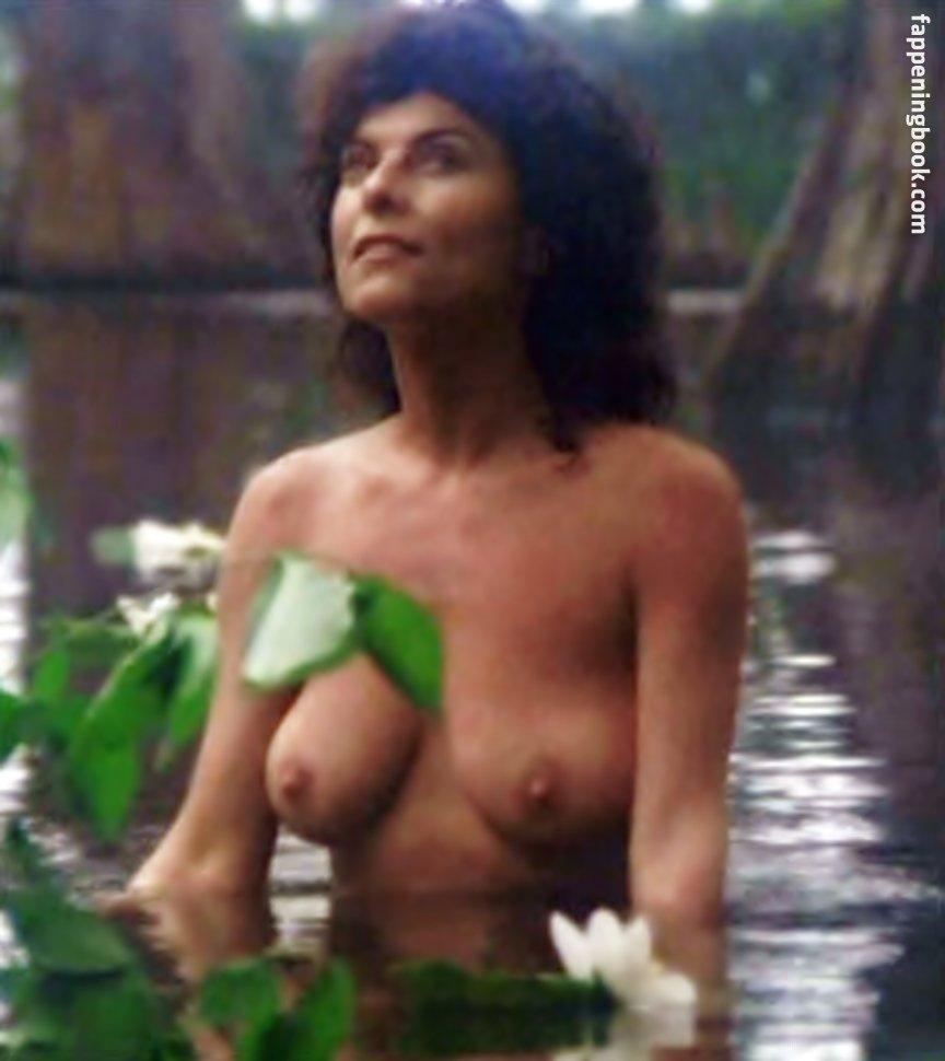 Nackt Rebecca Wood  BBC One