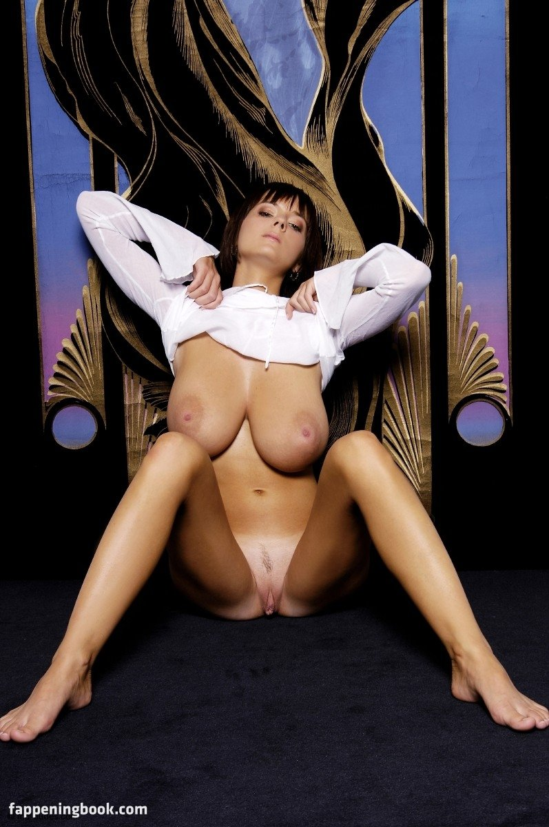 Passtel nude ala 'More of