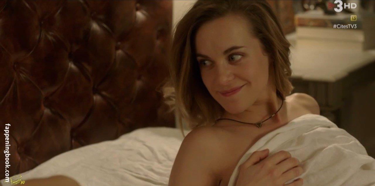 Julia piaton nude