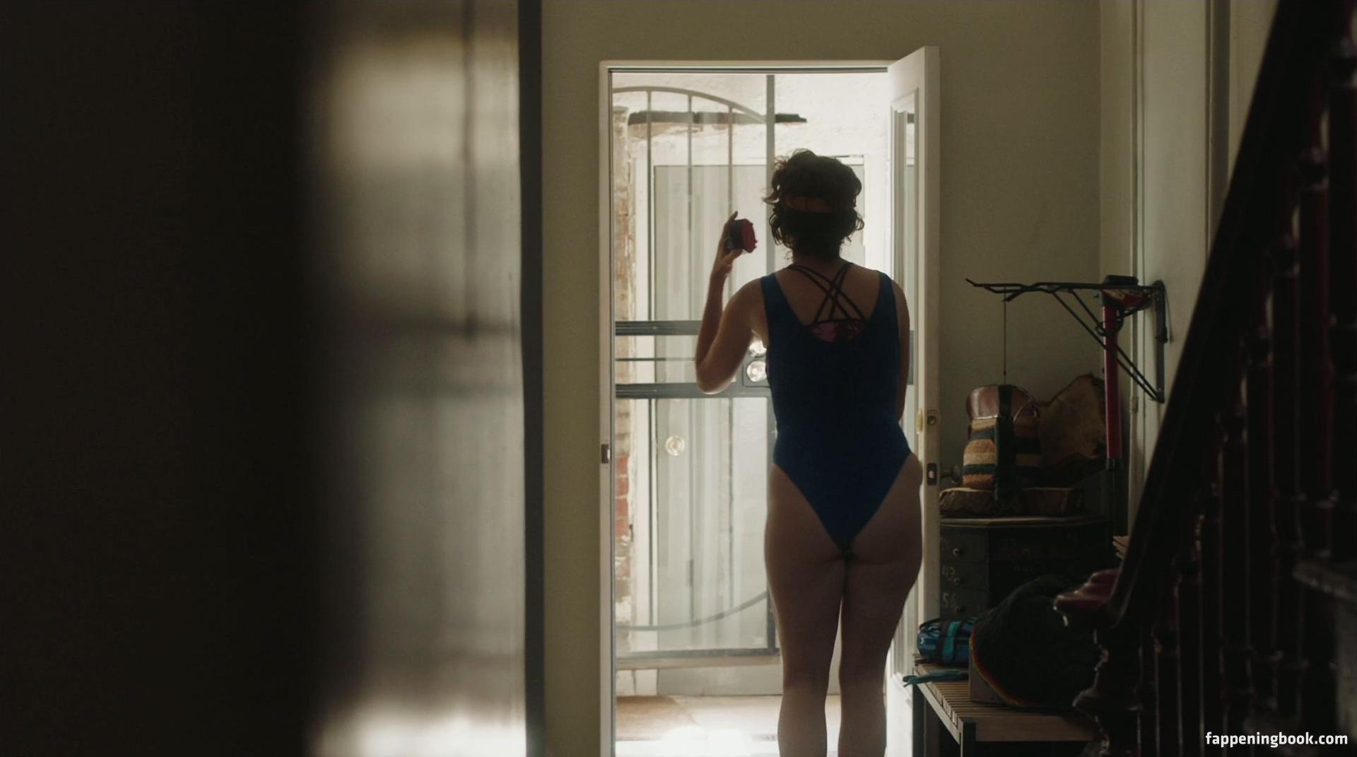 Alex Auder Nude