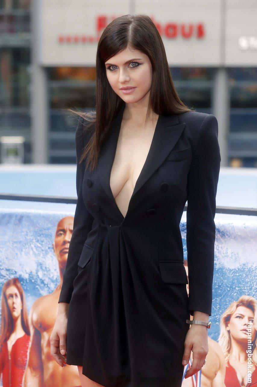 Alexandra Daddario Nude, Sexy, The Fappening, Uncensored