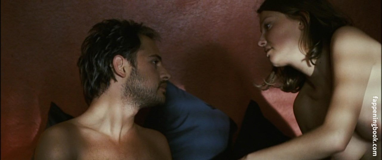 Lara nude maria Lara Masier