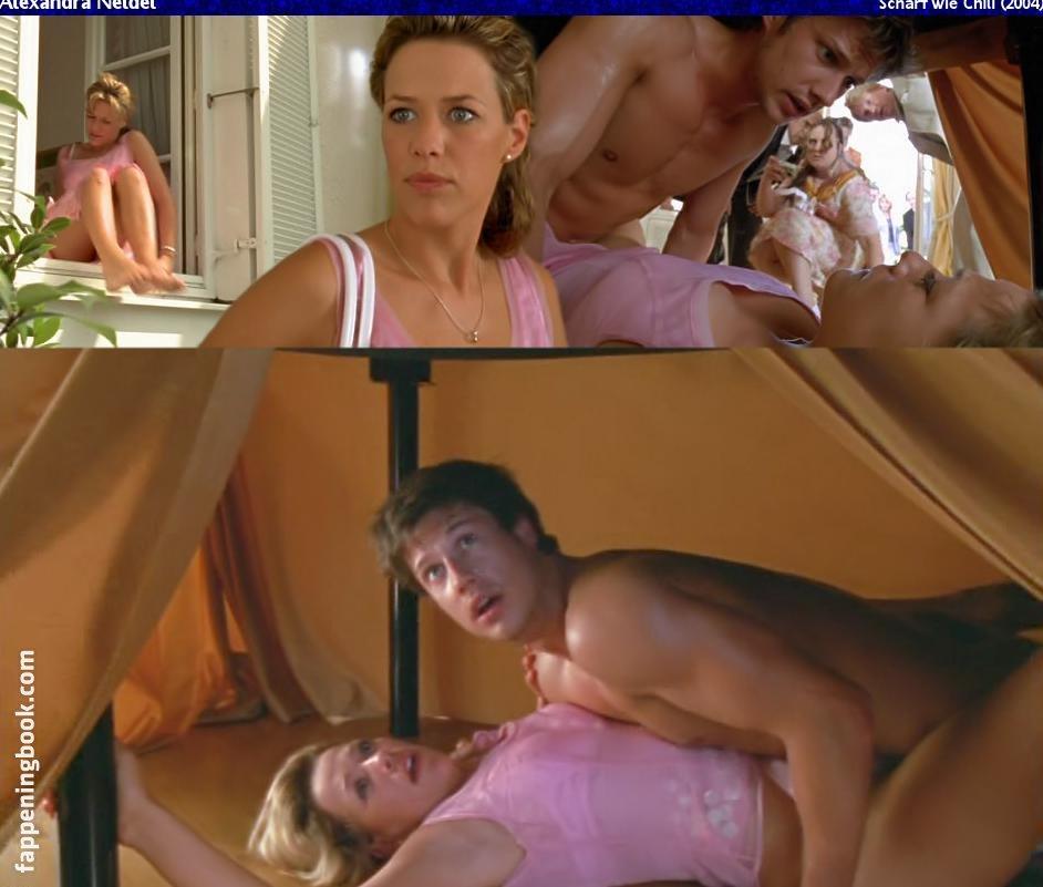 Nicole Travolta  nackt