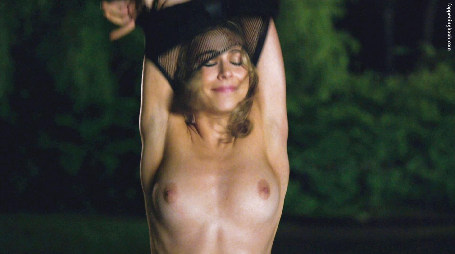 Sophia bush nudes galleries