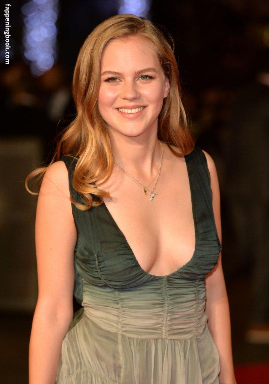 Alicia von Rittberg Nude, Sexy, The Fappening, Uncensored