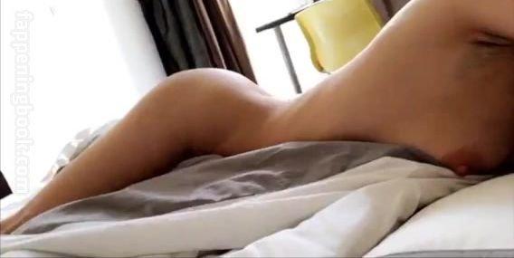 Alina Henessy Nude