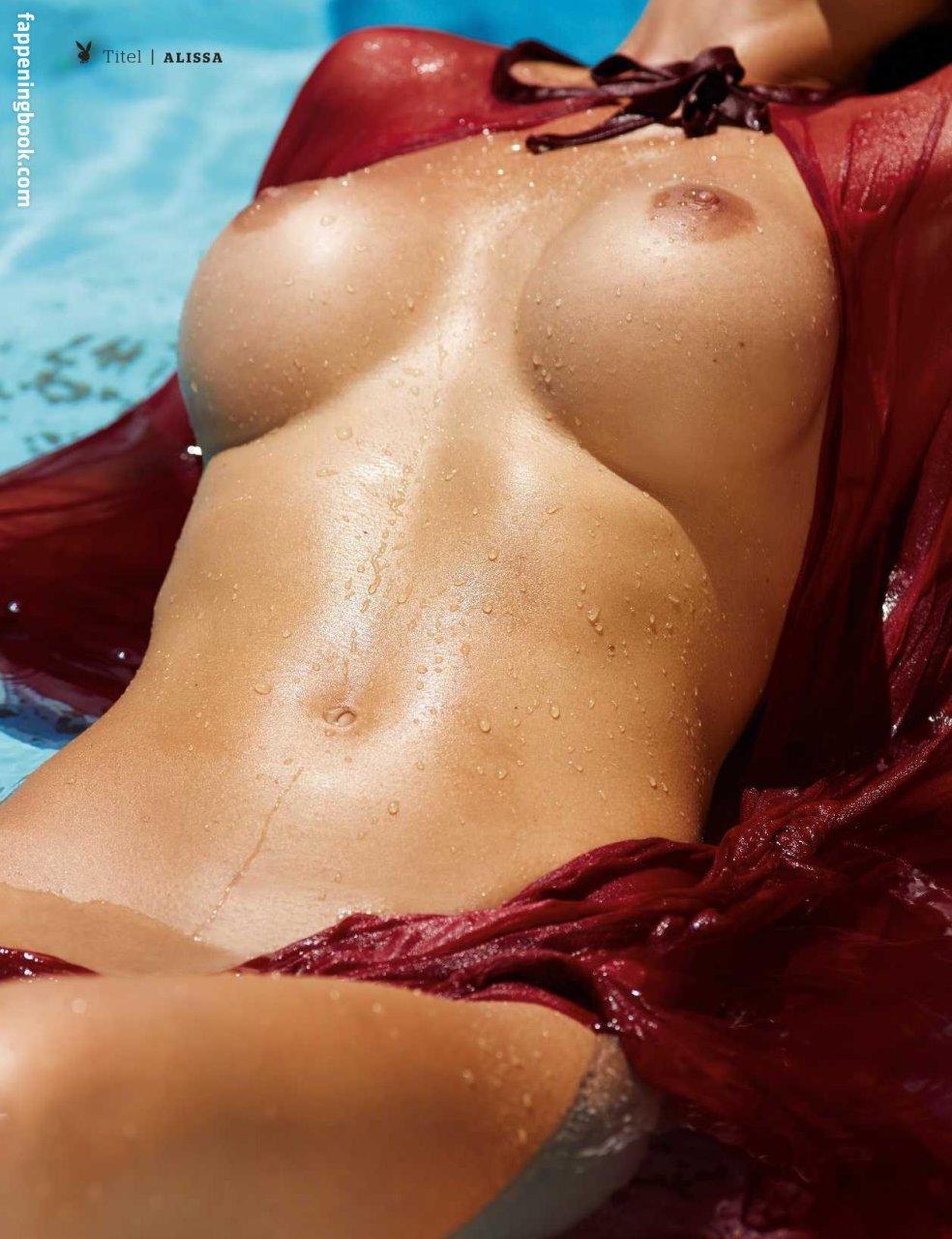 Nackt  Basak Parlak Basak Parlak