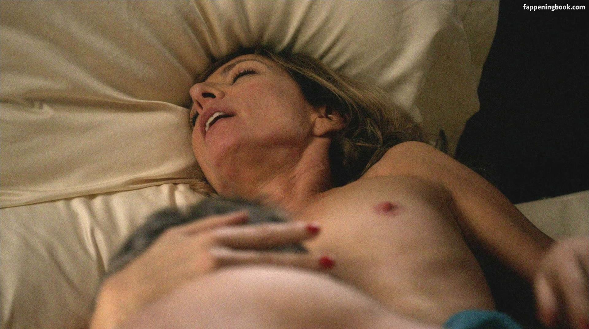 Allison Janey Nude