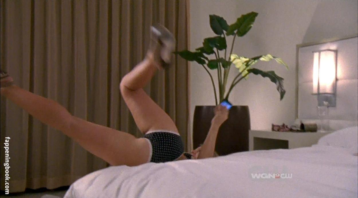 Allison Munn Nude