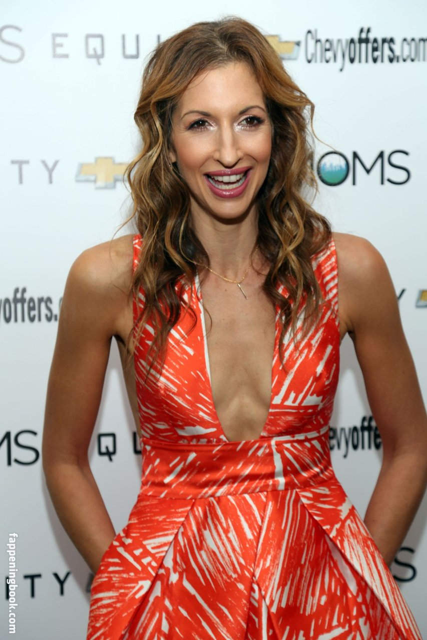 Alysia Reiner Nude, Sexy, The Fappening, Uncensored