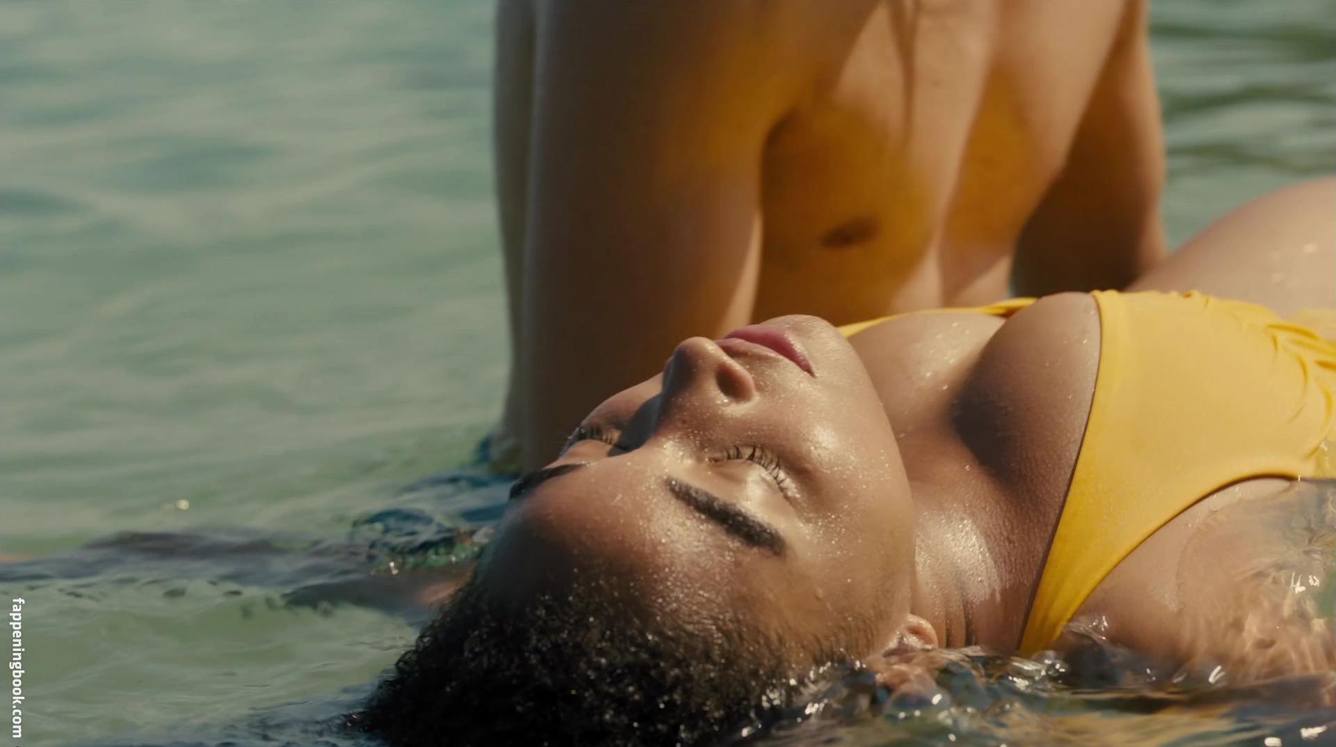 Amandla stenberg nude