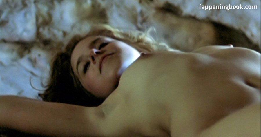 Heinemann nude julia Has Julia