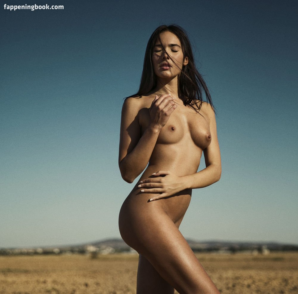 Sena nackt Mayoli Rodriguez  The Wrap