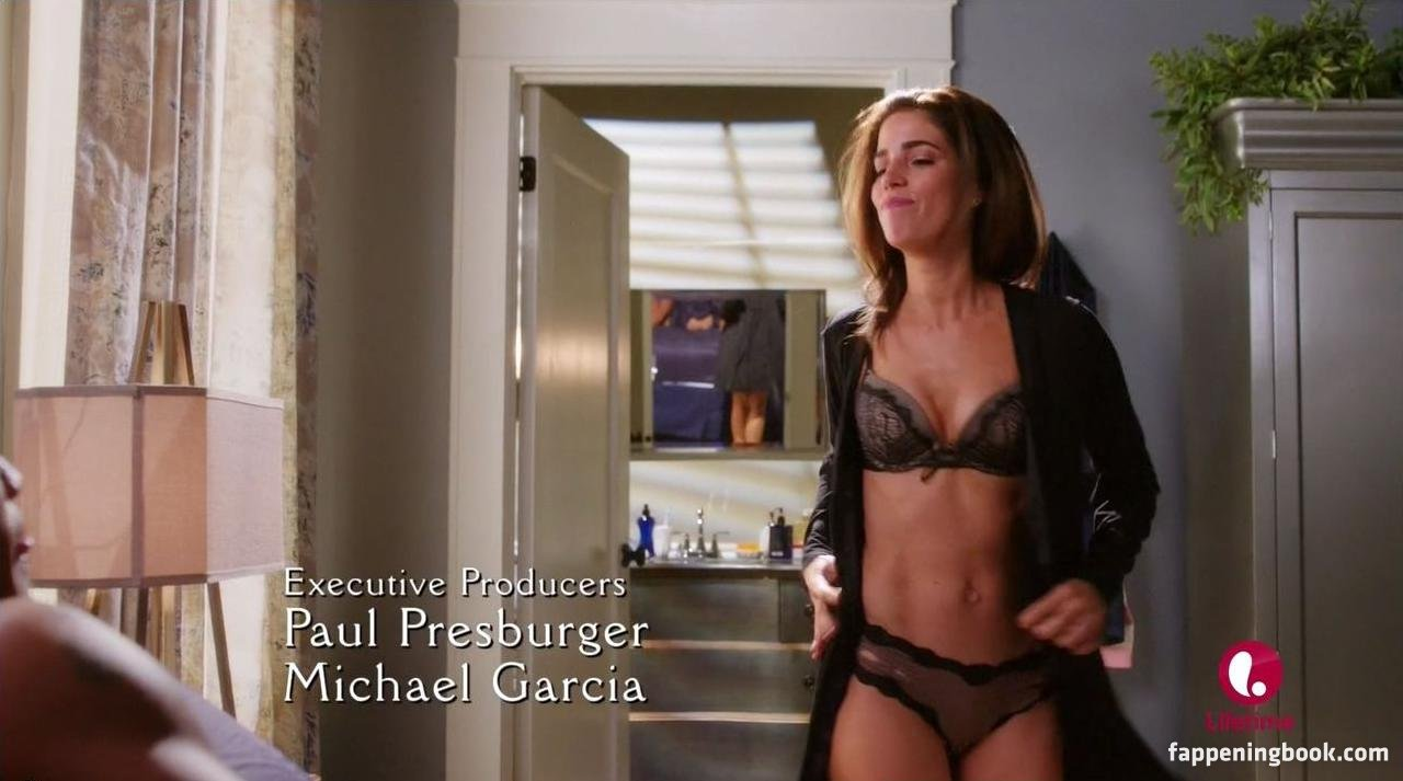100 Pictures of Ana Ortiz Nude