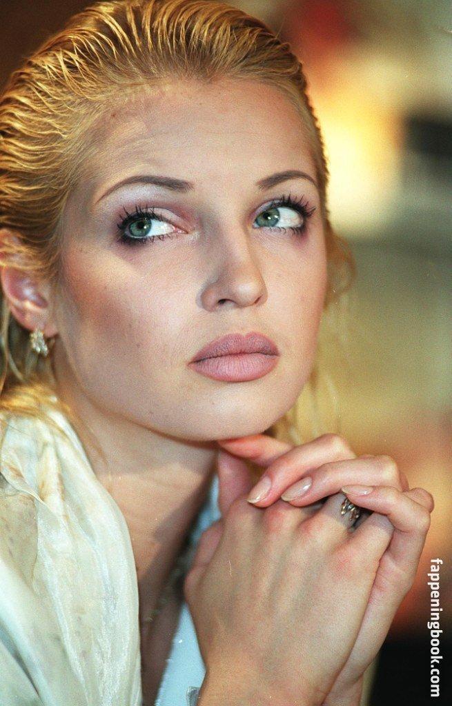 Nackt  Stephanie Meisenzahl 61 Sexiest