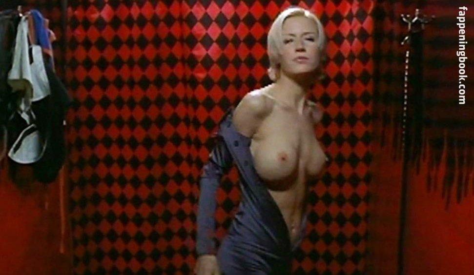 Andrea Graham  nackt
