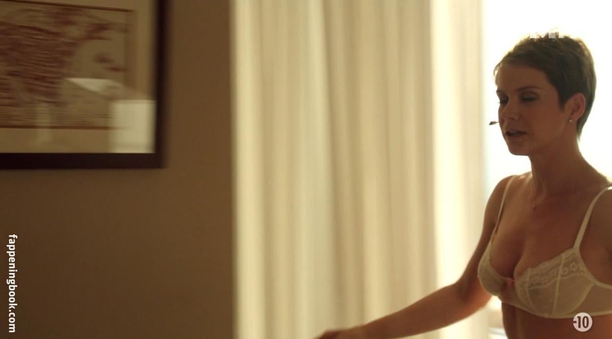 Andrea Osvárt Nuda andrea osvárt nude, sexy, the fappening, uncensored - photo