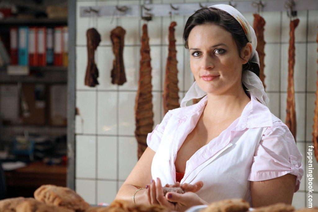 Angela nackt ascher Angela Ascher