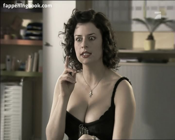 Erin broderick nude