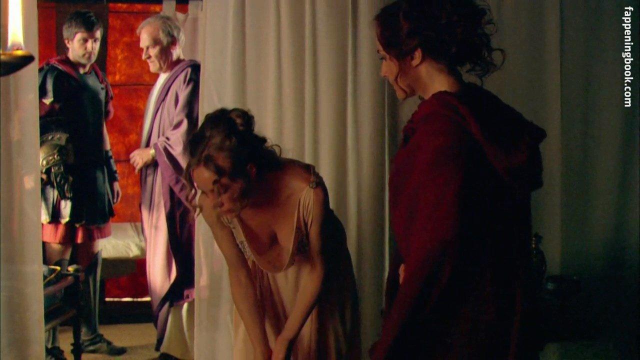 Angela Cremonte Nude