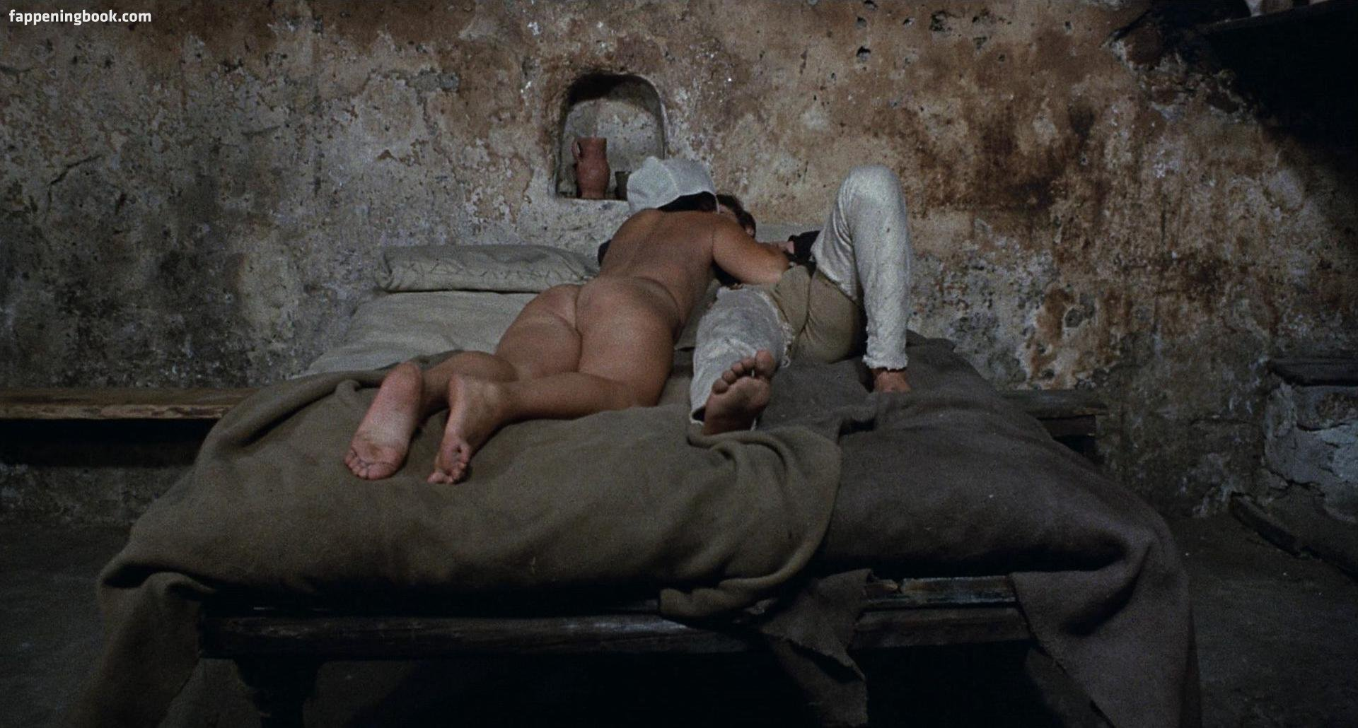 100 Images of Angela Luce Nuda
