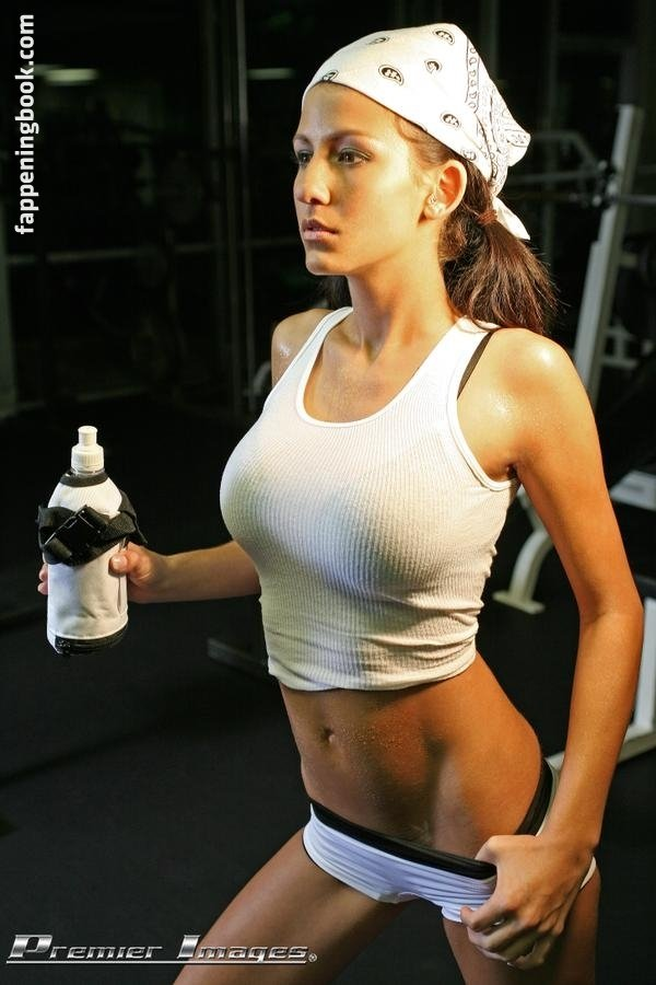 Angela McLin Nude