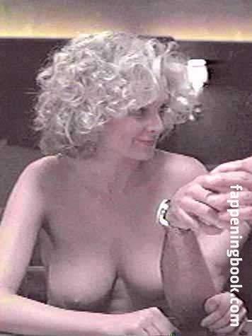 Angelica Torn Nude