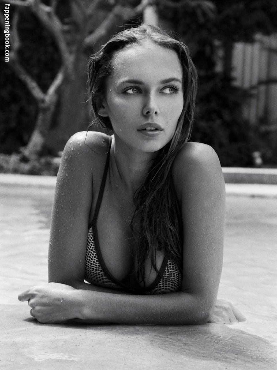 Angelina Boyko Nude