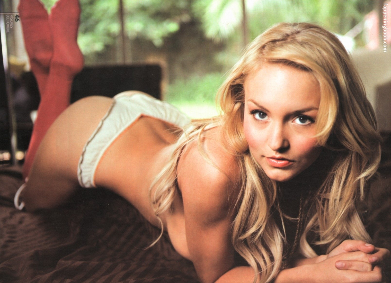 100 Images of Angelik Boyer Desnuda