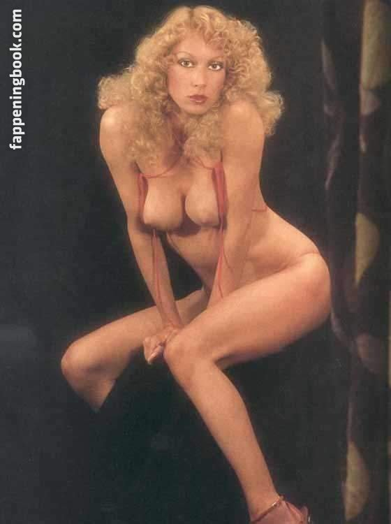 Nackt Olivia Vinall  Olivia Vinall